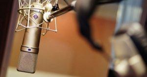 Radialistas e apresentadores de TV pré-candidatos devem se afastar das funções até amanhã, 30 de junho