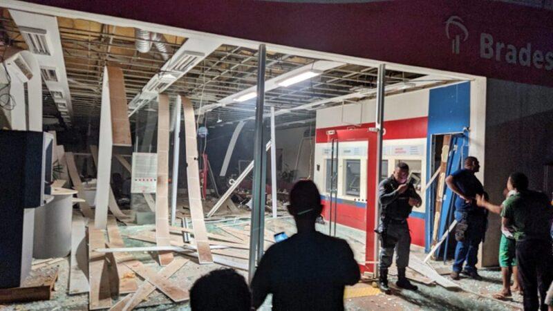 Bandidos explodem Agência do Bradesco em São João do Caru