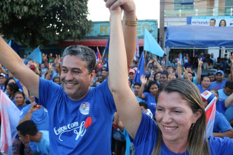 Governador Nunes Freire: Grupo 22 realiza Inauguração do Comitê e grande adesivaço