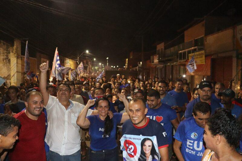 Cristiane Varão é eleita prefeita de Bom Jardim com 6.429 votos e população comemora a vitória nas ruas